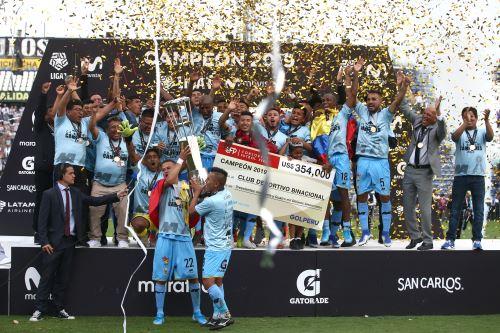 Deportivo Binacional: Premiación del campeón del fútbol peruano