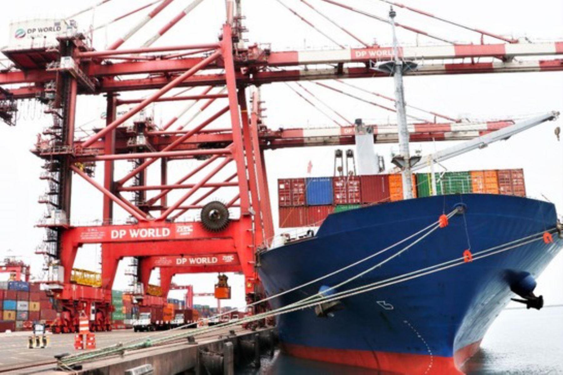 El Ministerio de Transportes y Comunicaciones promueve operaciones de cabotaje para consolidar las rutas hacia el sur y norte del país.