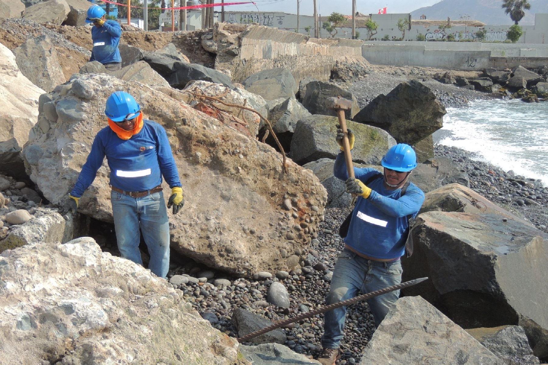 Miraflores retira de sus playas 742 toneladas de escombros y desmonte Foto: Municipalidad de Miraflores