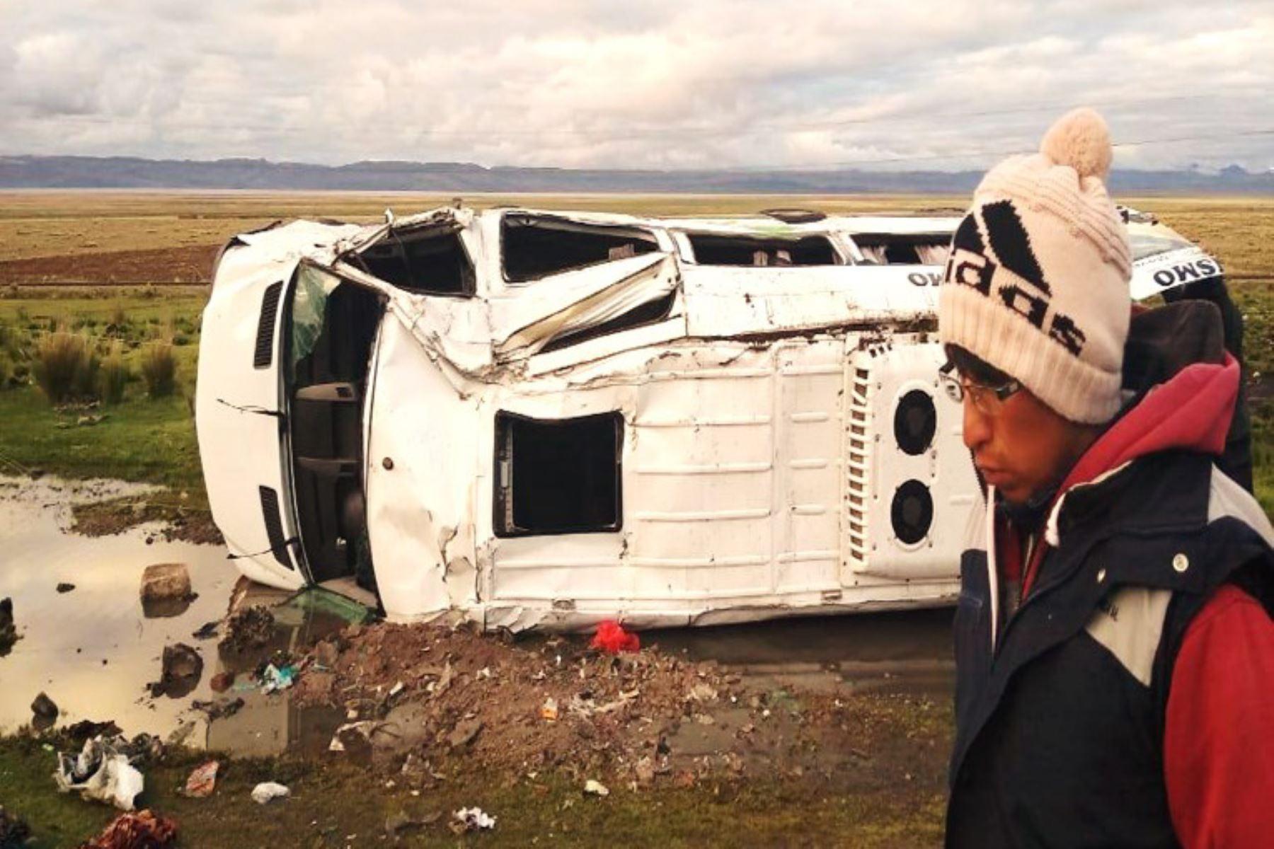 Una miniván se despistó en la carretera Central, en jurisdicción de la región Junín.