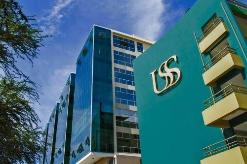 Con miras a celebrar el 21º aniversario de vida institucional, las autoridades de la Universidad Señor de Sipán (USS) anunciaron en conferencia de prensa diversas actividades académicas programadas para la ocasión. ANDINA/Difusión