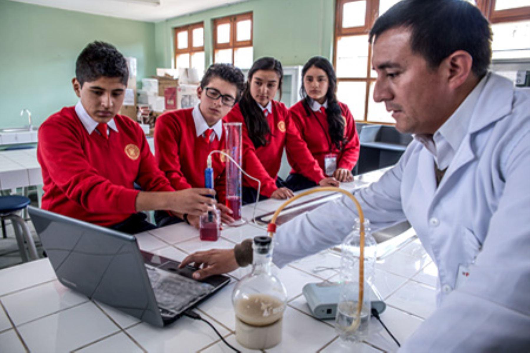 Los 25 COAR a nivel nacional atienden a escolares de desempeño sobresaliente de tercero, cuarto y quinto de secundaria, en la modalidad de residencia. Foto: Minedu