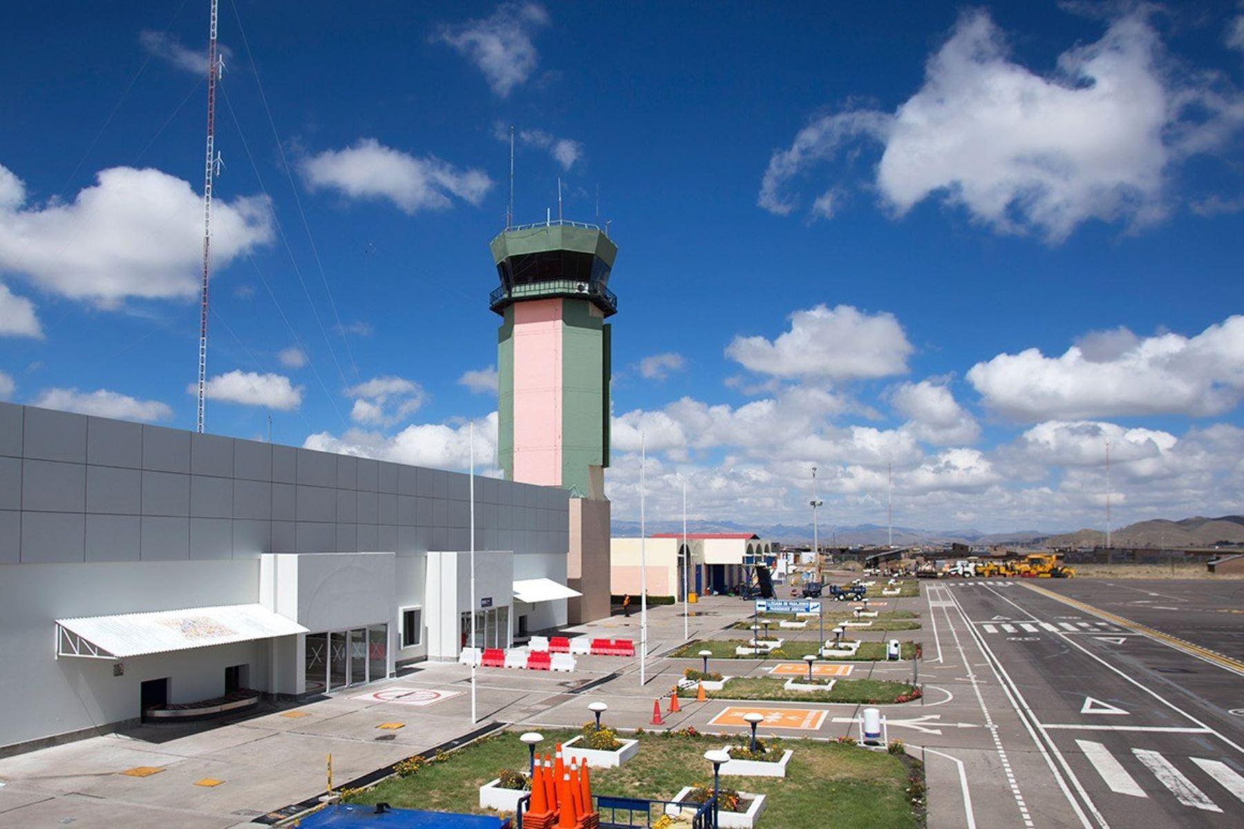 El aeropuerto de Juliaca es uno de los terminales aéreos que mañana reiniciará sus actividades y recibirá vuelos comerciales. ANDINA/Difusión