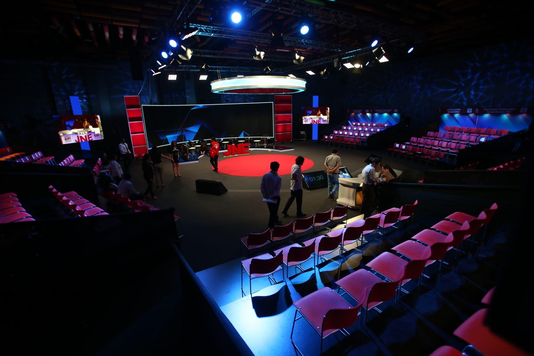Elecciones 2020. Queda todo listo para iniciar debate de candidatos al Congreso. Foto: ANDINA/Tarqui Vidal