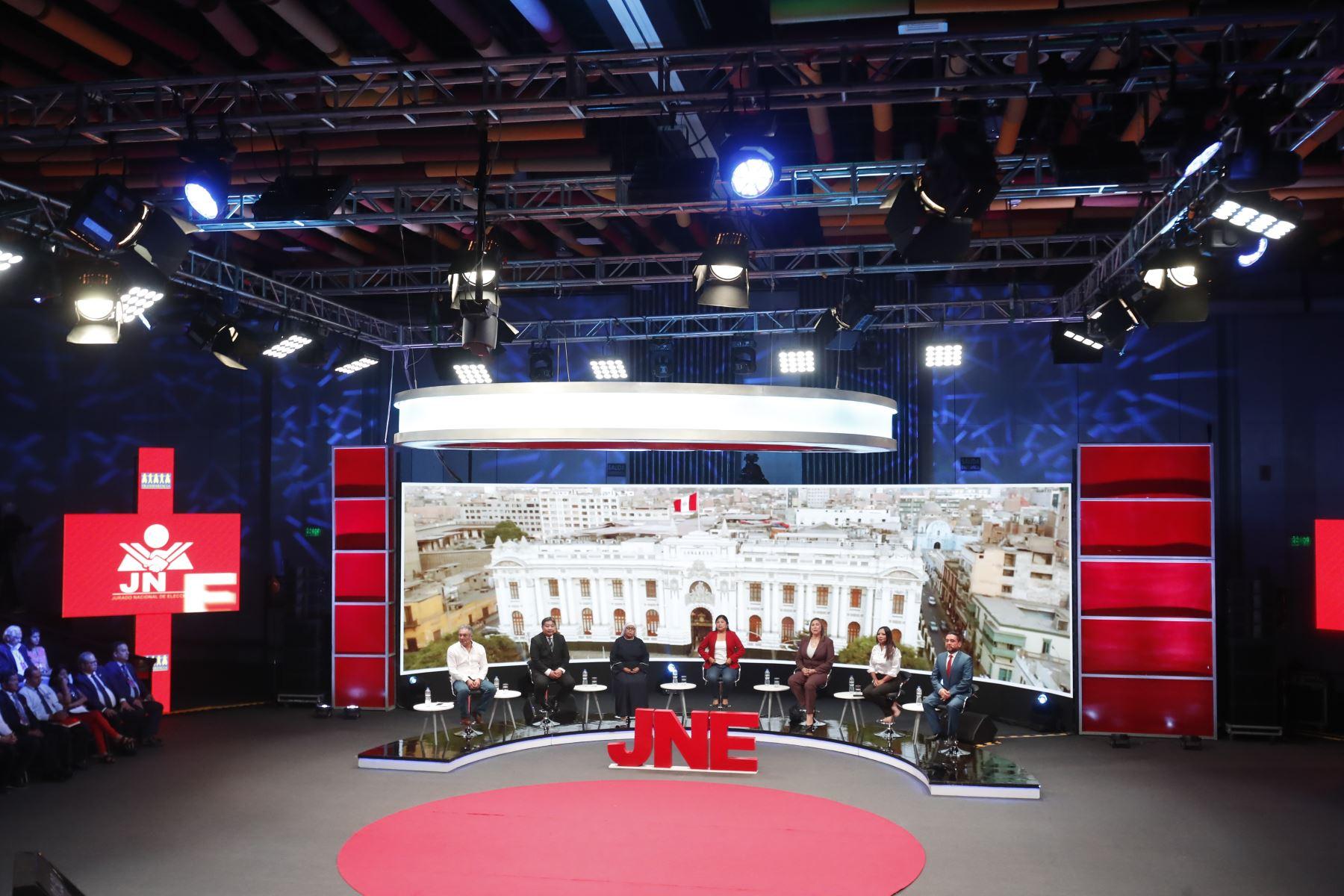 Inicia debate de candidatos al Congreso organizado por el JNE. Foto: ANDINA/Tarqui Vidal