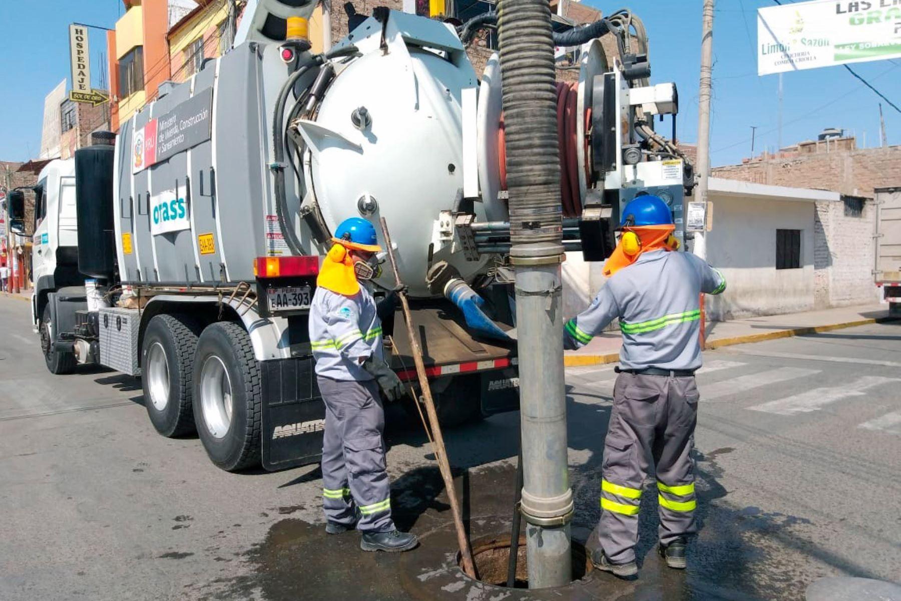 Otass anuncia la limpieza de 748 kilómetros de red de alcantarillado de 10 regiones.