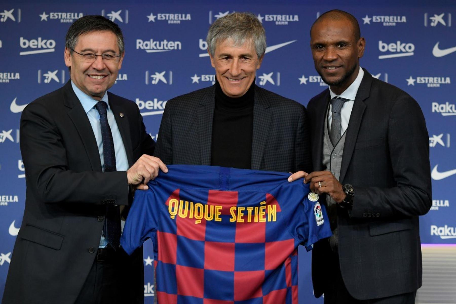Quique Setién fue presentado como técnico del Barcelona de España.