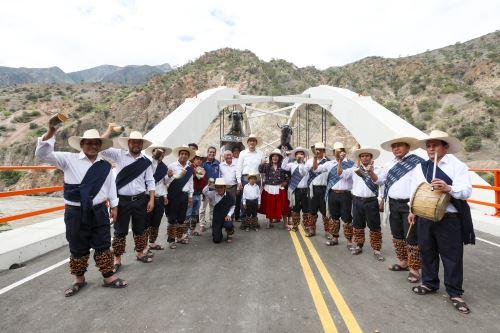 Inauguración del puente Chacanto, que une las regiones Cajamarca y Amazonas
