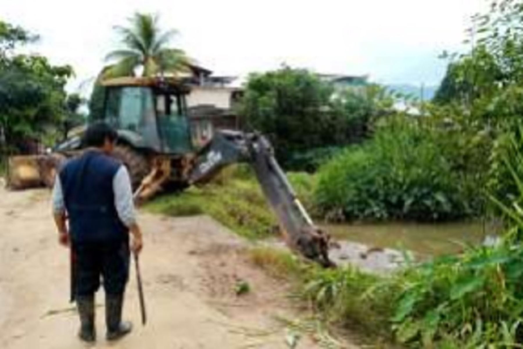 La emergencia ocurrió en la madrugada del último 11 de enero, a consecuencia de las fuertes precipitaciones pluviales que se vienen registrando en la zona, recuerda el Instituto Nacional de Defensa Civil (Indeci).