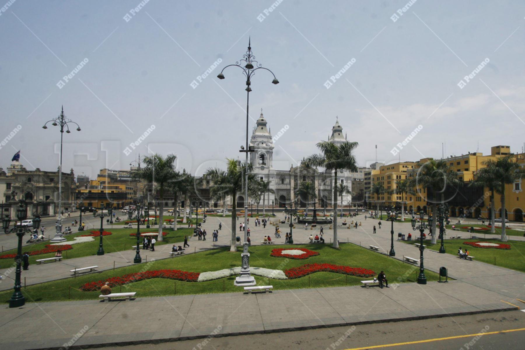Lima - 13 diciembre 2008 / Vista panoramica de la Plaza de Armas de Lima. Foto: Archivo El Peruano