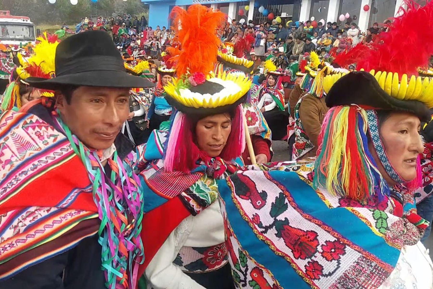 Carnaval De Patambuco En Puno Ya Es Patrimonio Cultural De La Nación Noticias Agencia Peruana De Noticias Andina