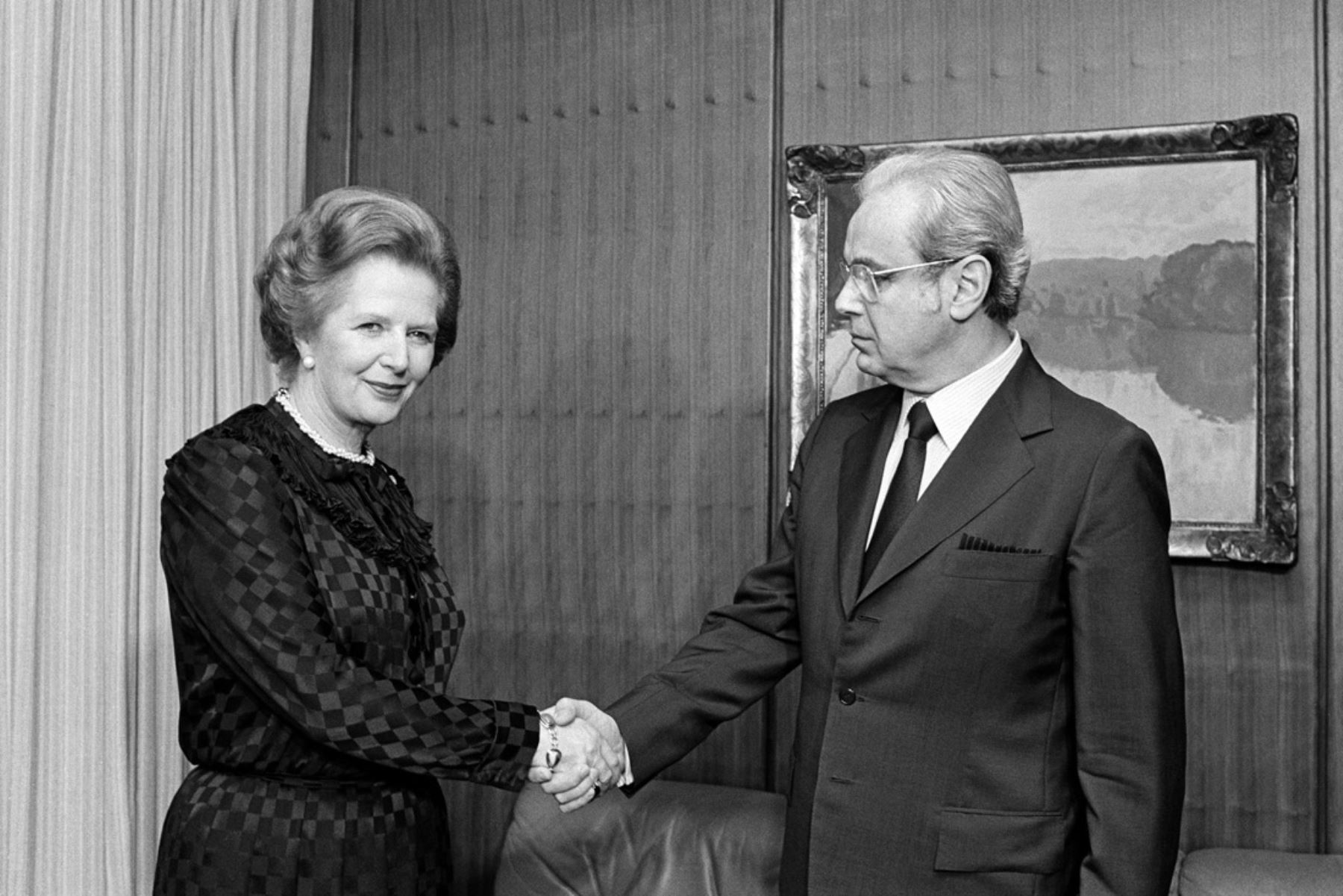 Naciones Unidas, Nueva York - 22 junio 1982 / La Primera Ministra del Reino Unido, Margaret Thatcher, realizó una visita oficial a las Naciones Unidas y se dirigió a la segunda sesión especial de la Asamblea General sobre Desarme. Fue recibida por el secretario general Javier Pérez de Cuéllar. Foto: Naciones Unidas