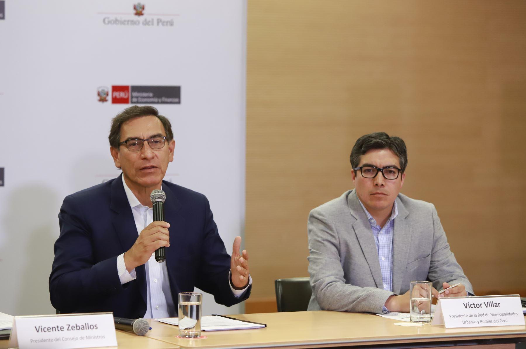 Presidente Martín Vizcarra participa en la reunión de trabajo con la Red de Municipalidades Rurales del Perú (REMURPE) Foto: ANDINA/Prensa Presidencia