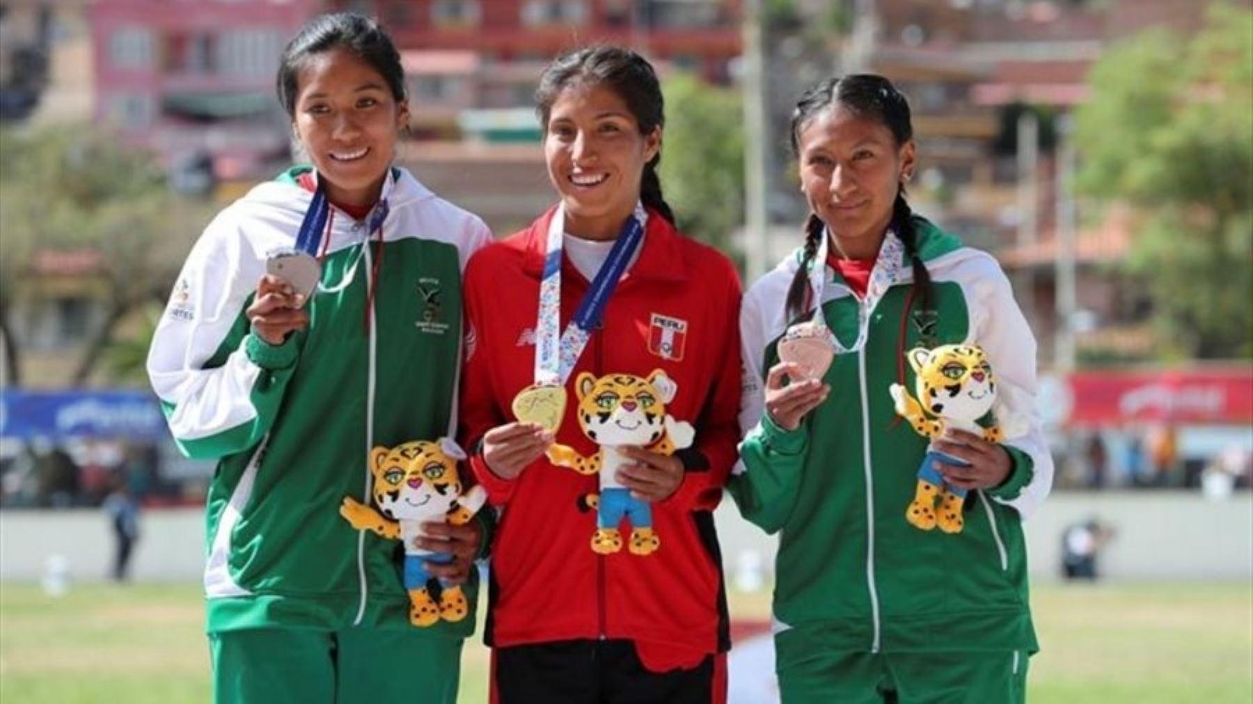 Rina Cjuro  es una de las atletas peruana que estará en el Campeonato Panamericano de Cross Country Canadá 2020
