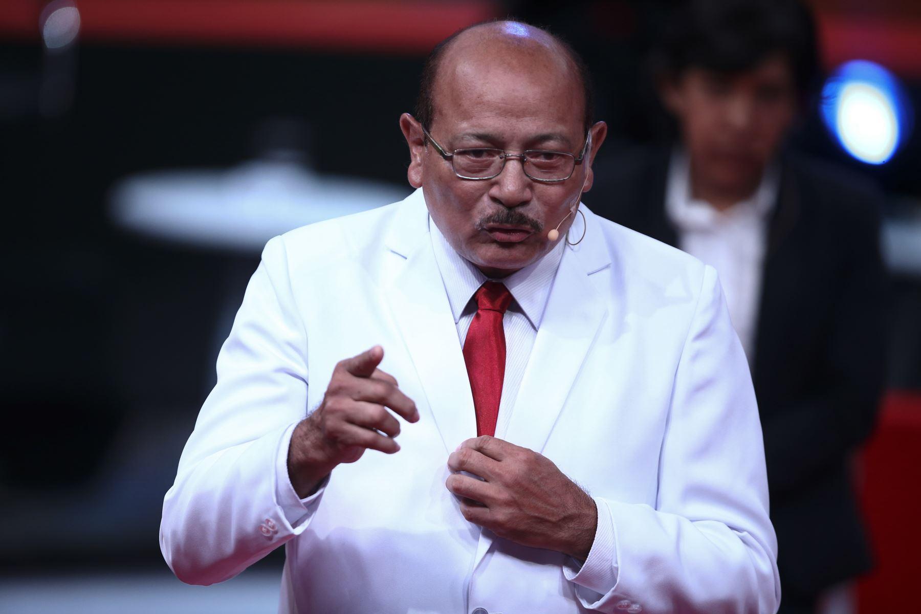 José Quiñones, candidato al Congreso por Democracia Directa participa en segundo debate de Lima Metropolitana. Foto: ANDINA/Tarqui Vidal