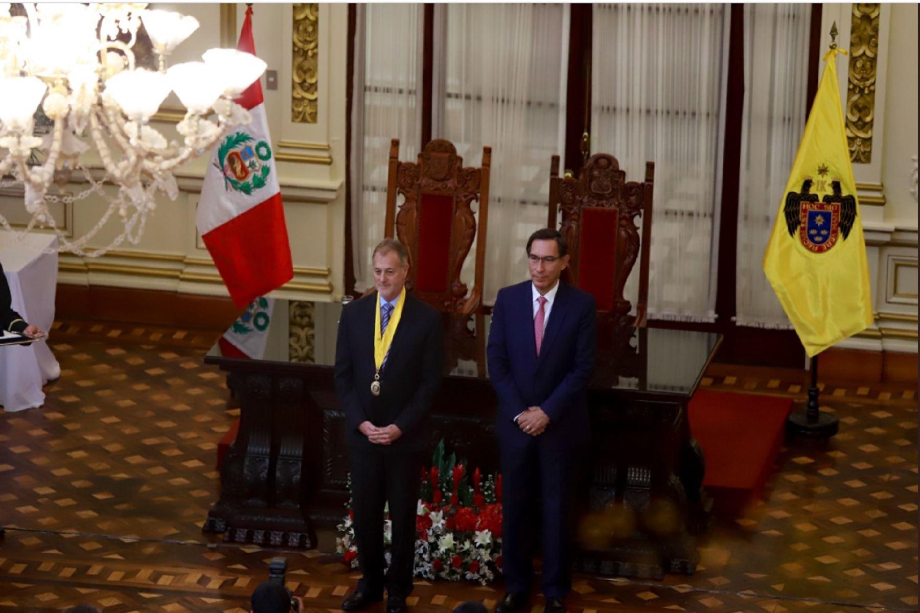 Presidente Vizcarra participó en la sesión solemne por el 485 aniversario de Lima.