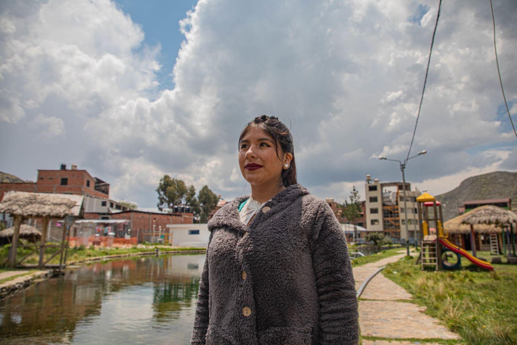 Kari Aymachoqque, la becaria del Estado que ha hecho historia en Ccollpayocc