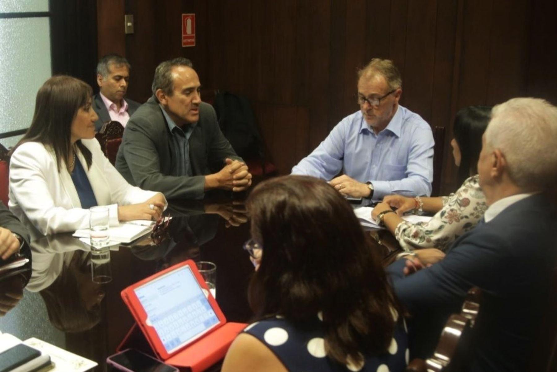 La titular de la ATU, María Jara, sostuvo una reunión técnica con el alcalde Jorge Muñoz y el viceministro Carlos Estremadoyro.