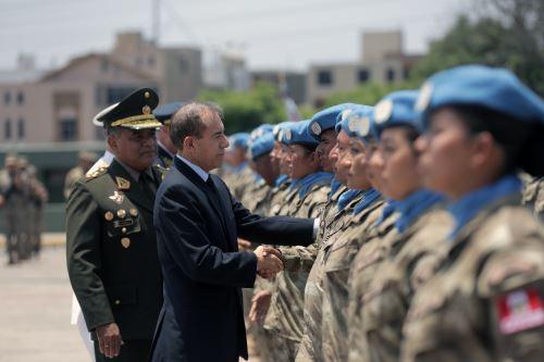 Ministro de Defensa despide a cascos azules que partirán a la República Centroafricana en misión de paz