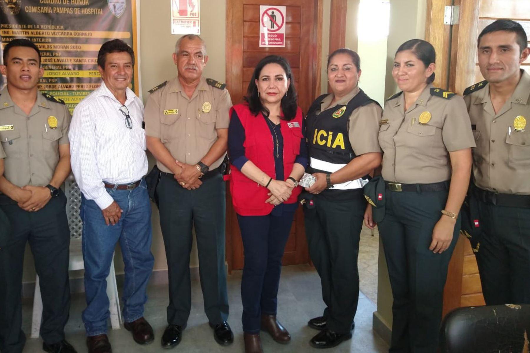 La ministra de la Mujer y Poblaciones Vulnerables, Gloria Montenegro Figueroa, inauguró un nuevo CEM en la Comisaría PNP Pampas de Hospital en la región Tumbes, en la cual las/os especialistas atenderán las 24 horas del día y los siete días de la semana.