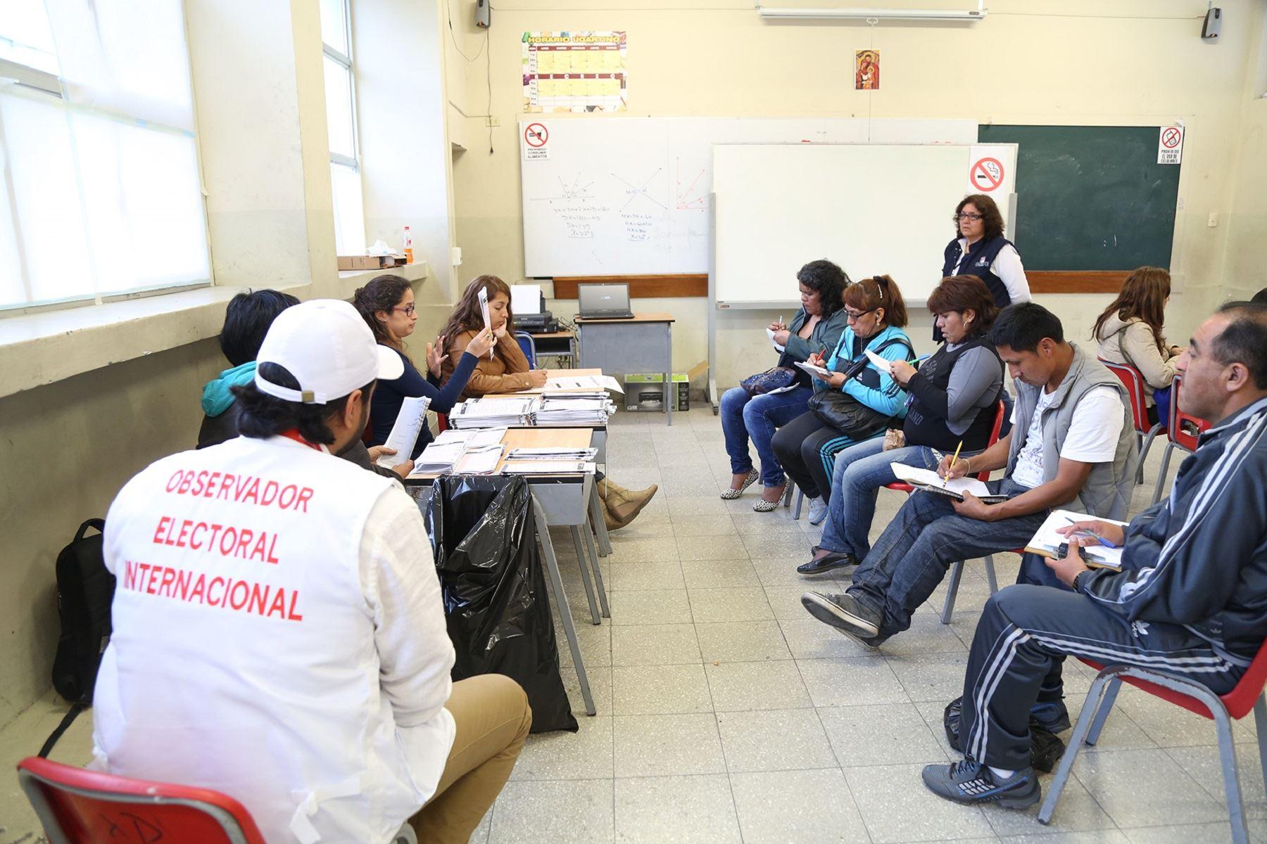 Observadores internacionales. Foto: Difusión.