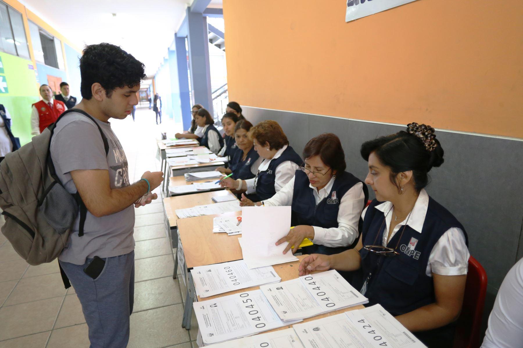 Habrá tolerancia para trabajadores el día de la votación. Foto: ANDINA/Difusión