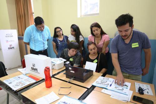 Elecciones Congresales 2020: JNE fiscaliza el simulacro de conteo y cómputo de votos