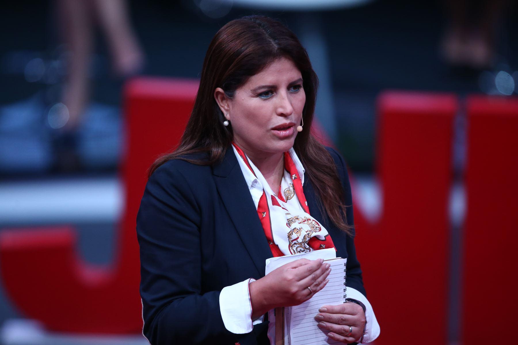 Carmen Omonte, candidata al Congreso por Alianza por el Progreso participa en tercer debate de Lima Metropolitana organizado por JNE. Foto: ANDINA/Vidal Tarqui