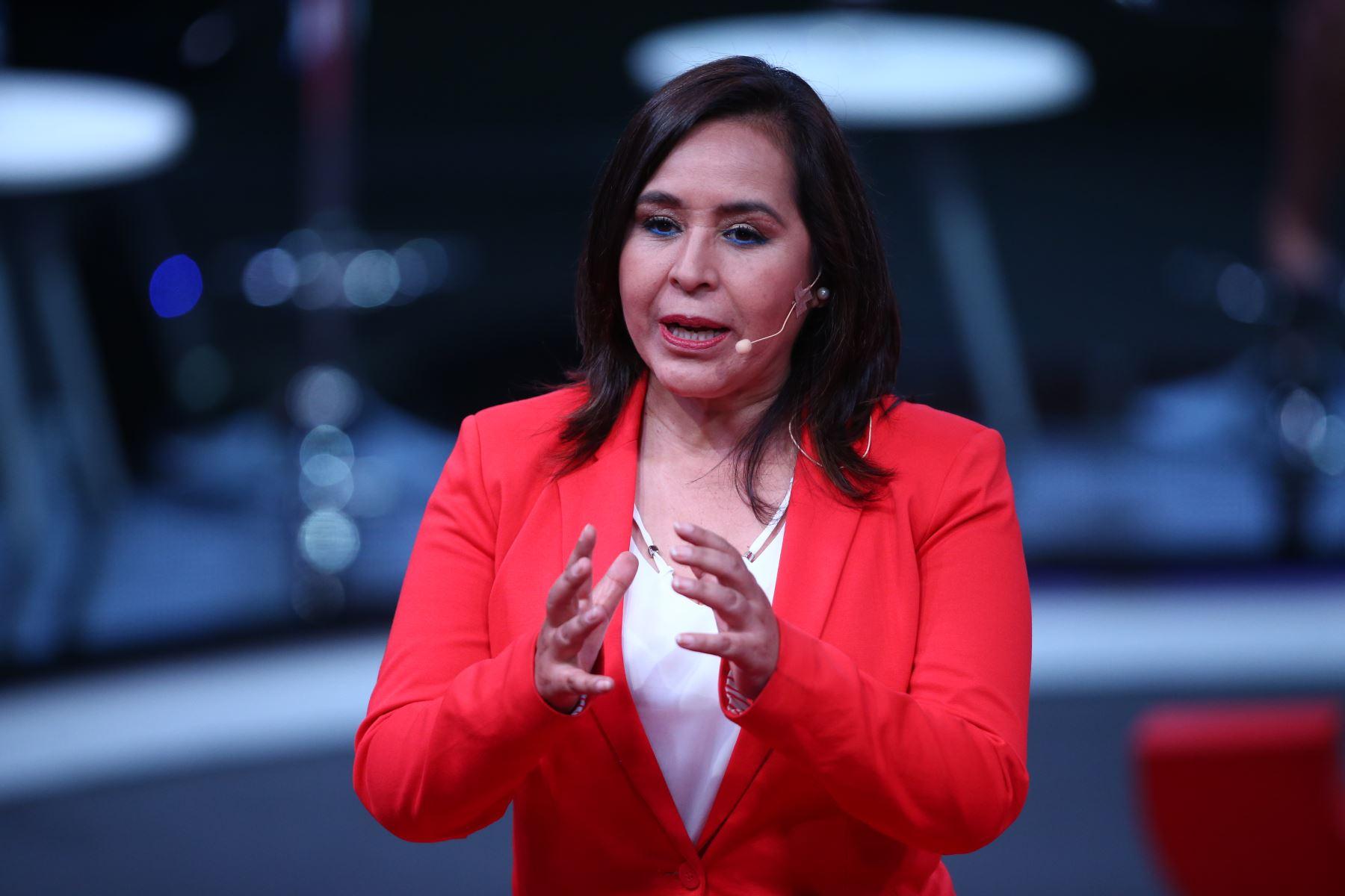 Nidia Vílchez, candidata al Congreso por el APRA participa en tercer debate de Lima Metropolitana organizado por JNE. Foto: ANDINA/Vidal Tarqui