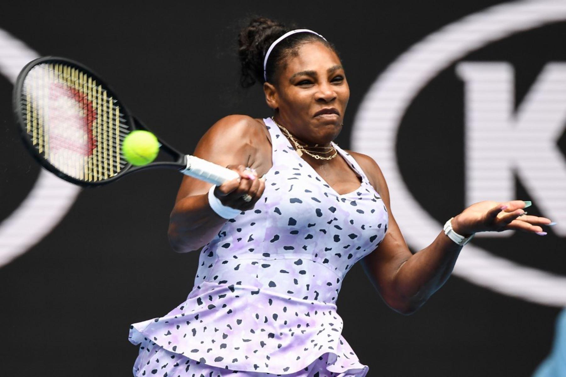 La estrella estadounidense Serena Williams venció con extrema facilidad su partido de estreno el lunes en la actual edición del abierto de tenis de Australia.