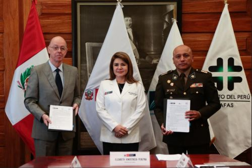 Convenio entre Fospeme y MInsa. Foto: Andina/DIfusión