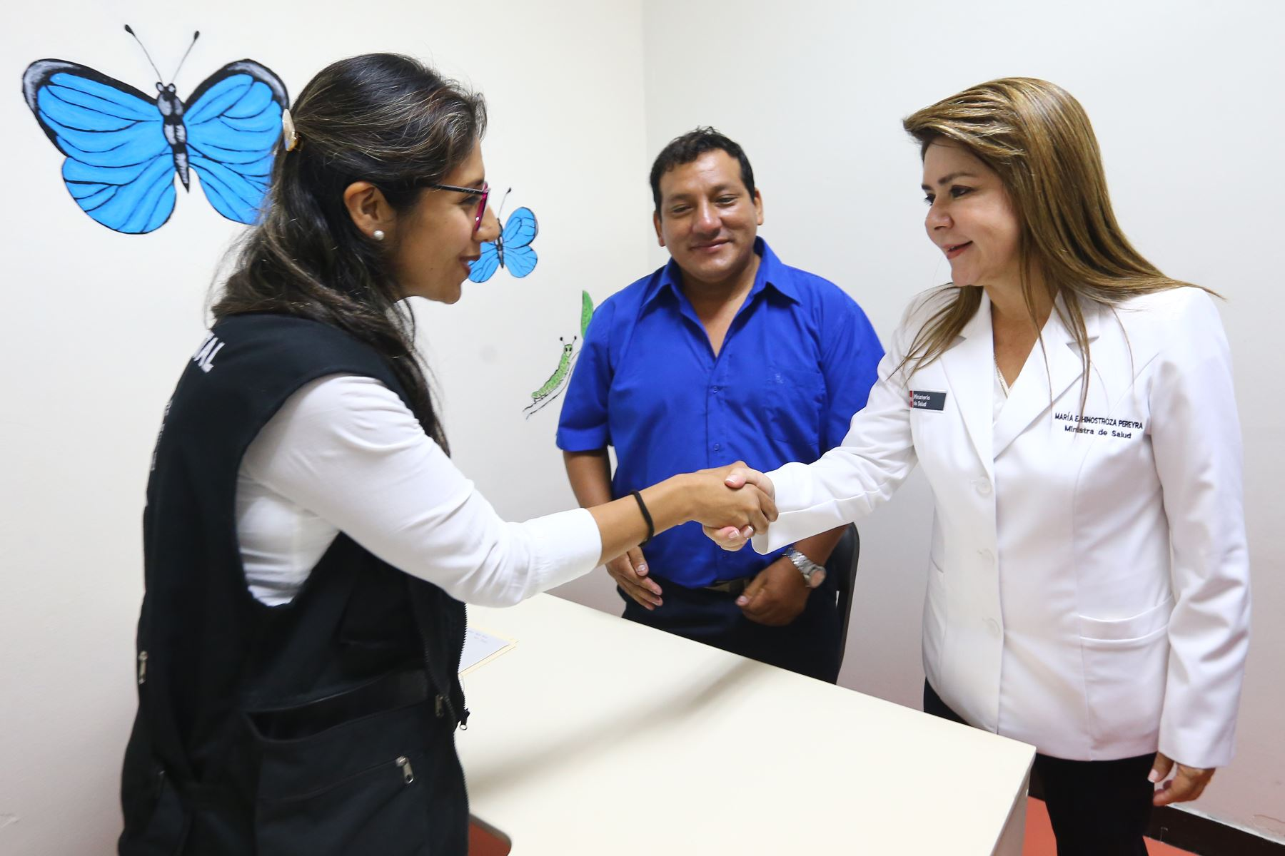 Ministra de Salud Dra: Elizabeth Hinostroza,Inaugura Centro de Salud Mental Comunitaria en Carmen de La Legua.Foto:ANDINA/Héctor Vinces.