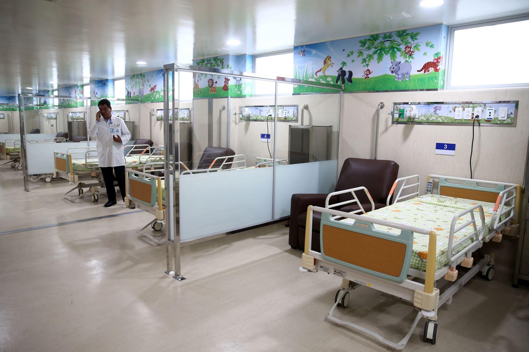 Presidenta ejecutiva de EsSalud, Fiorella Molinelli, inaugura nueva área   de Hematología Pediátríca en hospital Guillermo Almenara. Foto: ANDINA/Vidal Tarqui