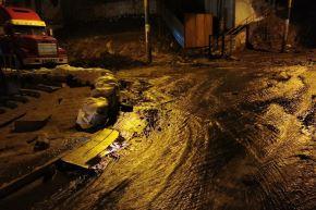 Caída de huaico causa daños severos en varias viviendas ubicadas en distrito de Uchumayo, en Arequipa. ANDINA/Difusión