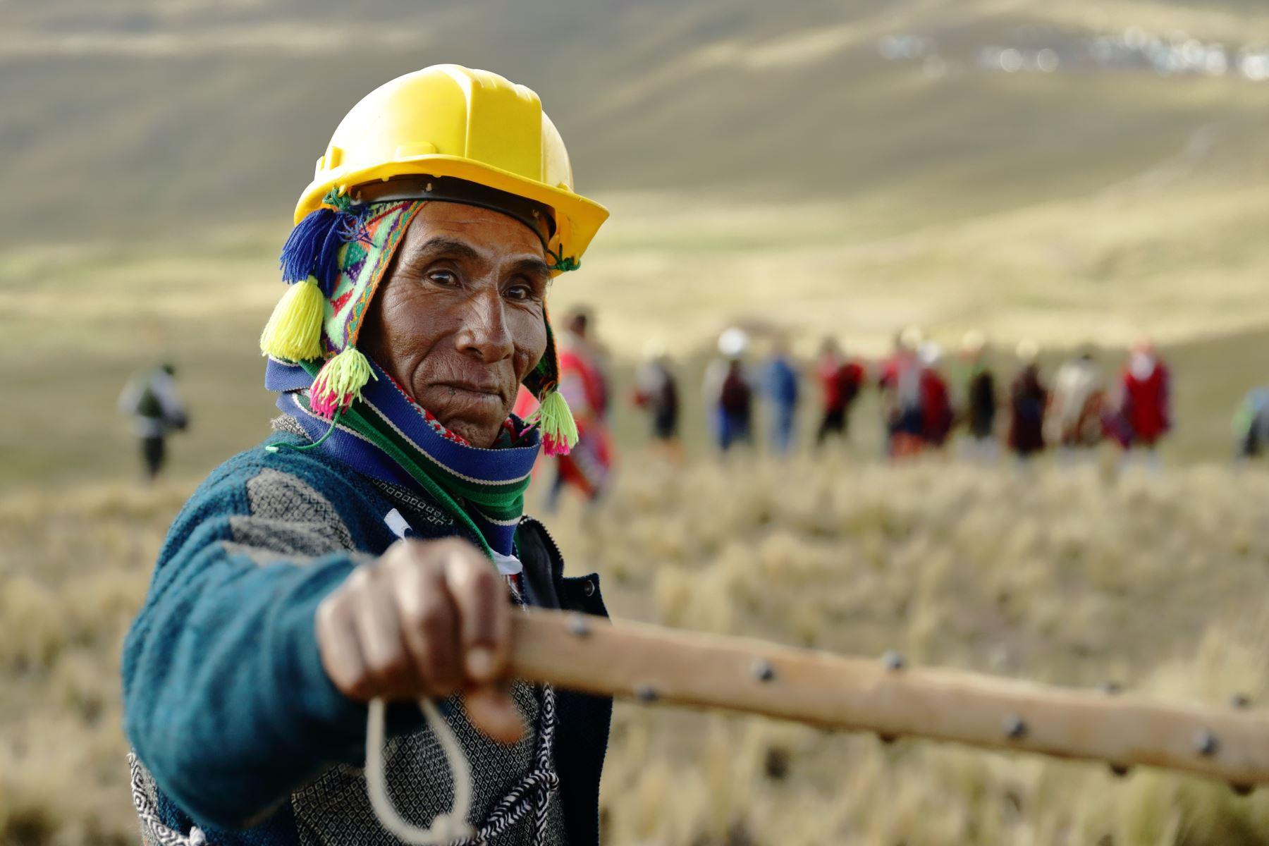 La comunidad que más terreno ocupe gana. Foto: Denis Mayhua