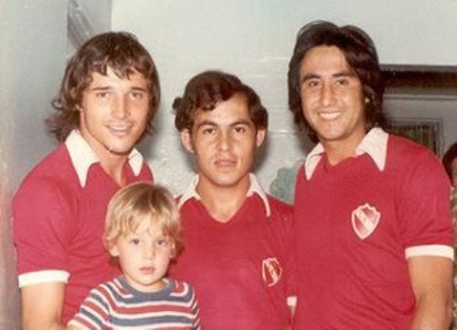 Percy Rojas, Ricardo Bochini. Foto: Twitter.
