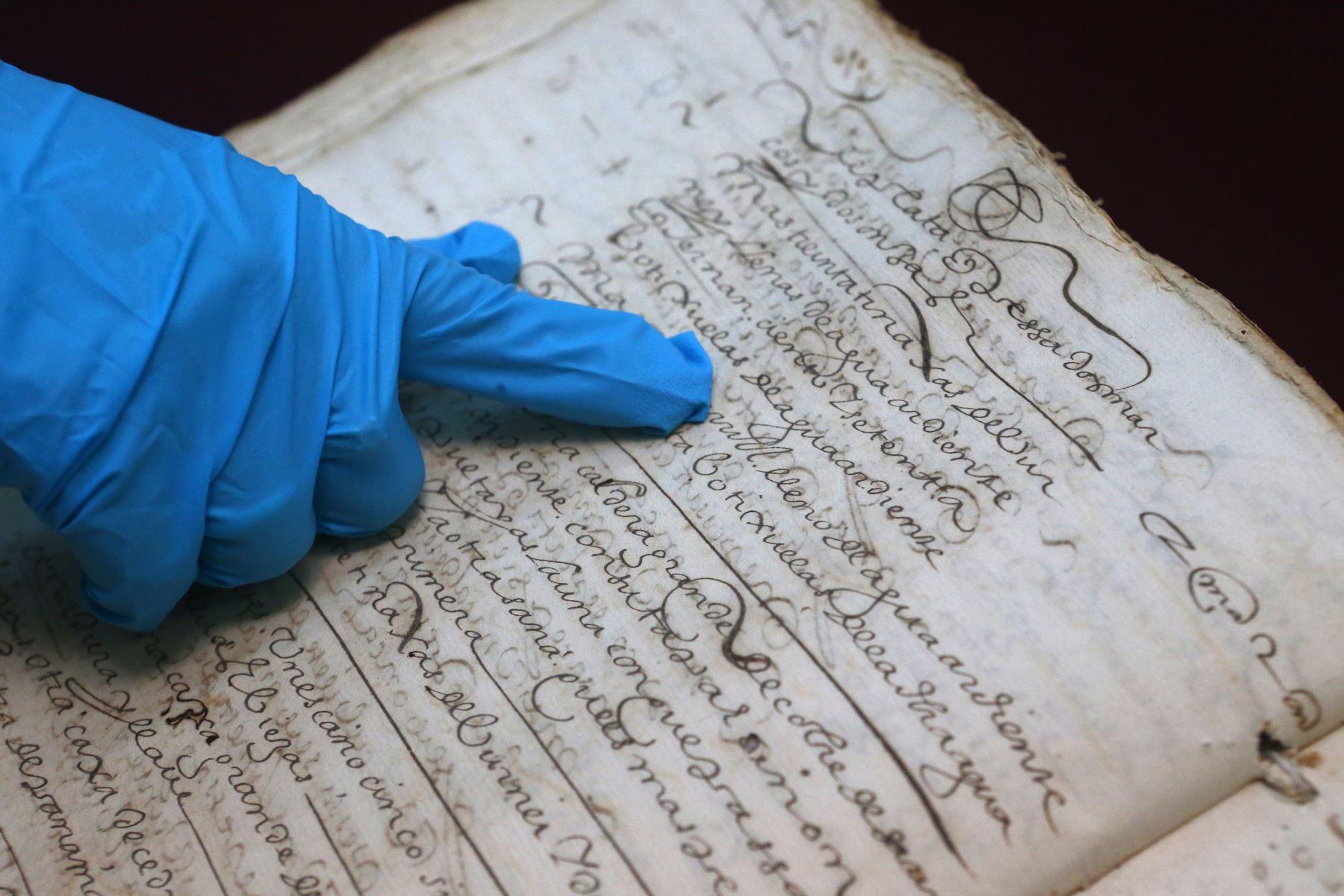 Documento del Archivo General de la Nación.Foto:ANDINA/Héctor Vinces.