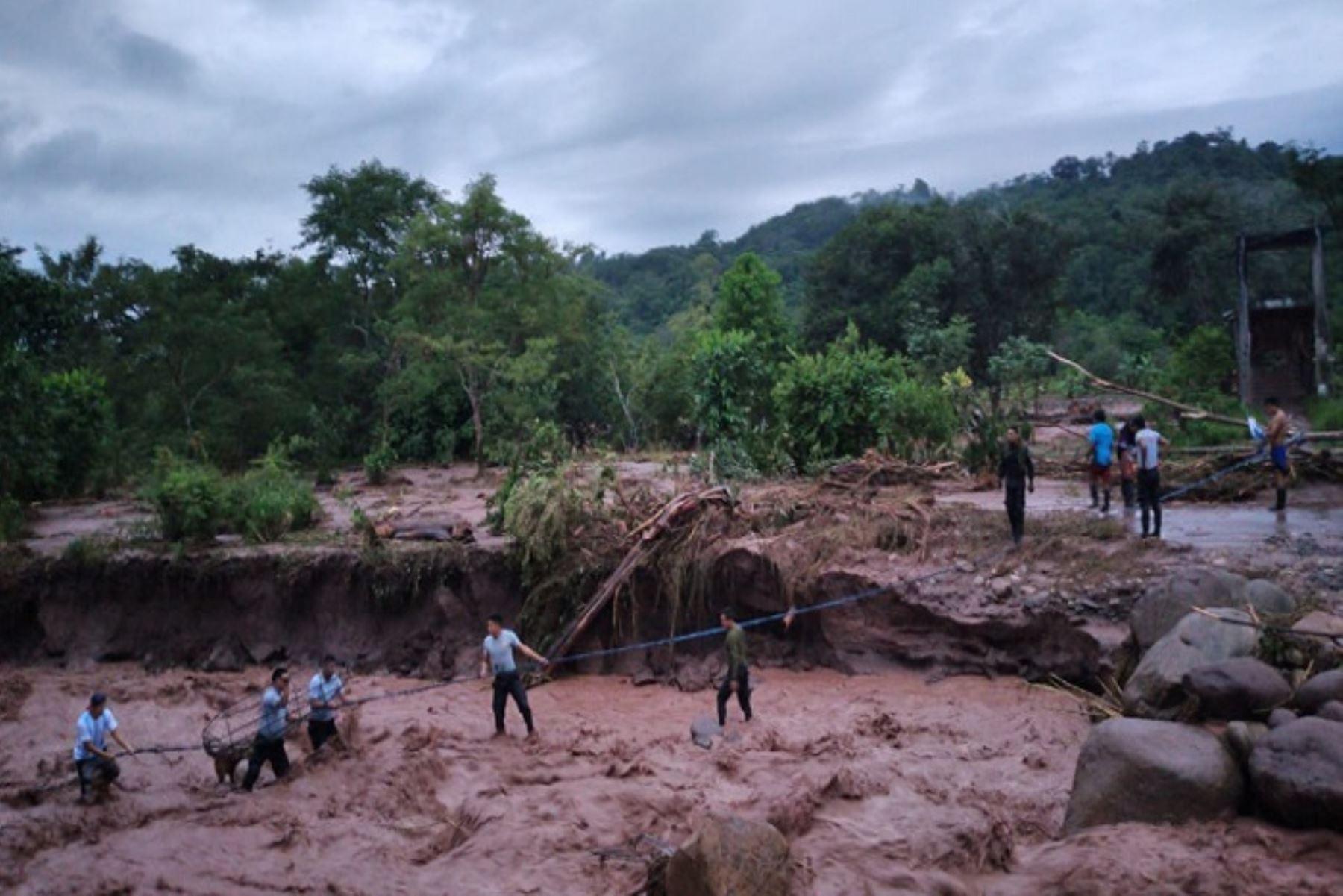 San Martín: desborde de río Ocheque daña puente vehicular y aisla a dos familias