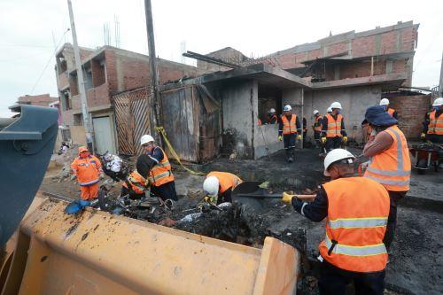 Villa El Salvador: acciones de ayuda y solidaridad para los afectados por deflagración