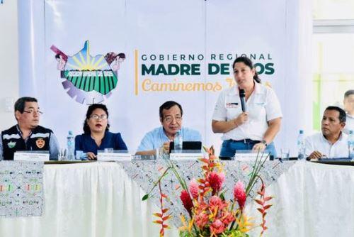 """La ministra del Ambiente, Fabiola Muñoz, sostuvo que las autoridades regionales y locales de Madre de Dios deben enfocarse en impulsar proyectos de """"infraestructura verde"""" y desarrollo productivo para impulsar el empleo y la economía en la región. ANDINA/Difusión"""