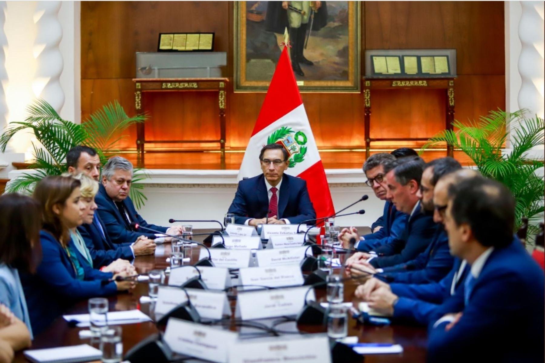 Presidente Martín Vizcarra, se reunió con integrantes de la Misión de Observación Electoral de la Unión Europea.