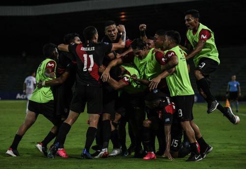 Perú sub 23 gano 3-2 a Paraguay en torneo pre Olimpico