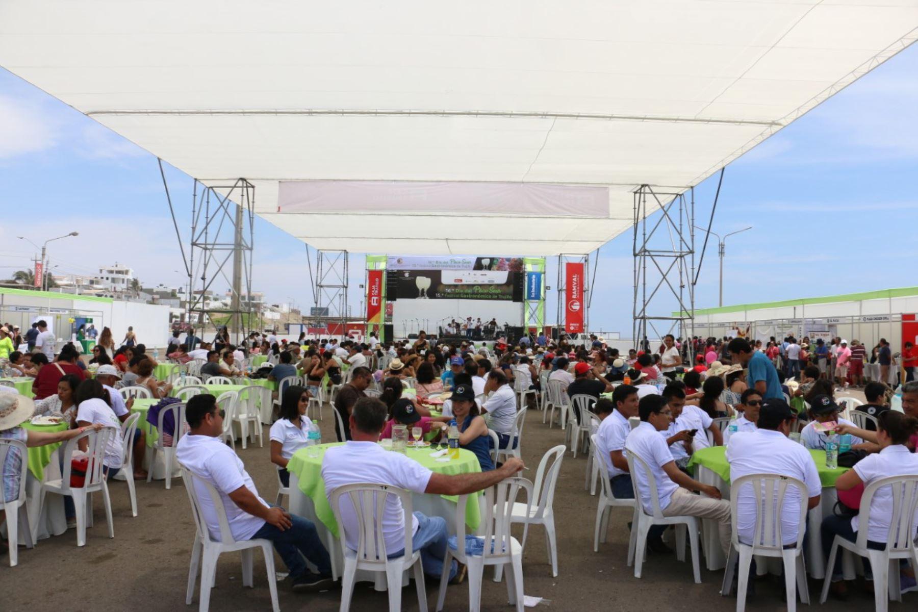 Día del Pisco Sour: Trujillo celebra con gastronomía y música en balneario de Huanchaco