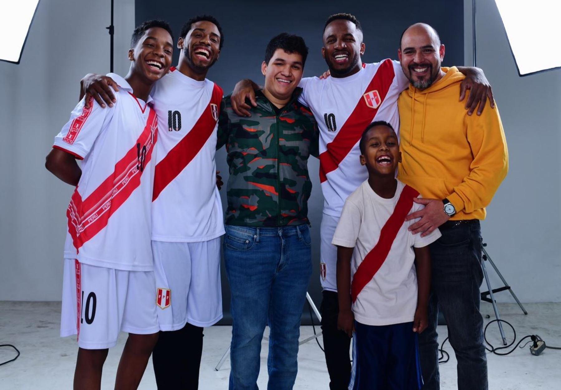 Diversos actores encarnaron a Farfán bajo la dirección de Martín Casapía.