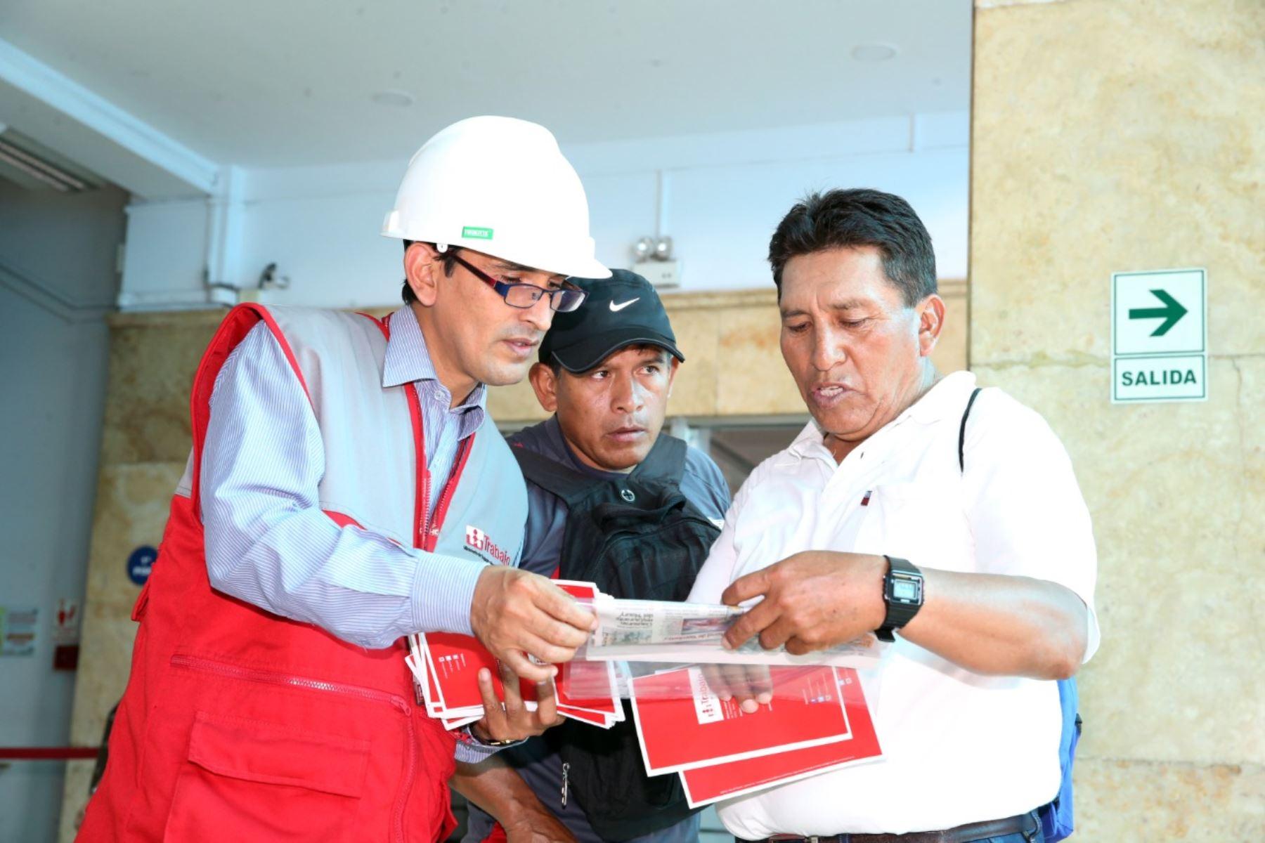 Ministerio emite decreto supremo que introduce mecanismos para mejorar la actuación inspectiva. Foto: MTPE