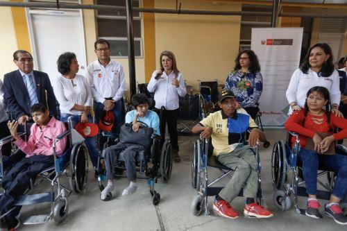 Titulares de los sectores  salud, Mujer y Agricultura participaron de la acción cívica en Suyo- Piura