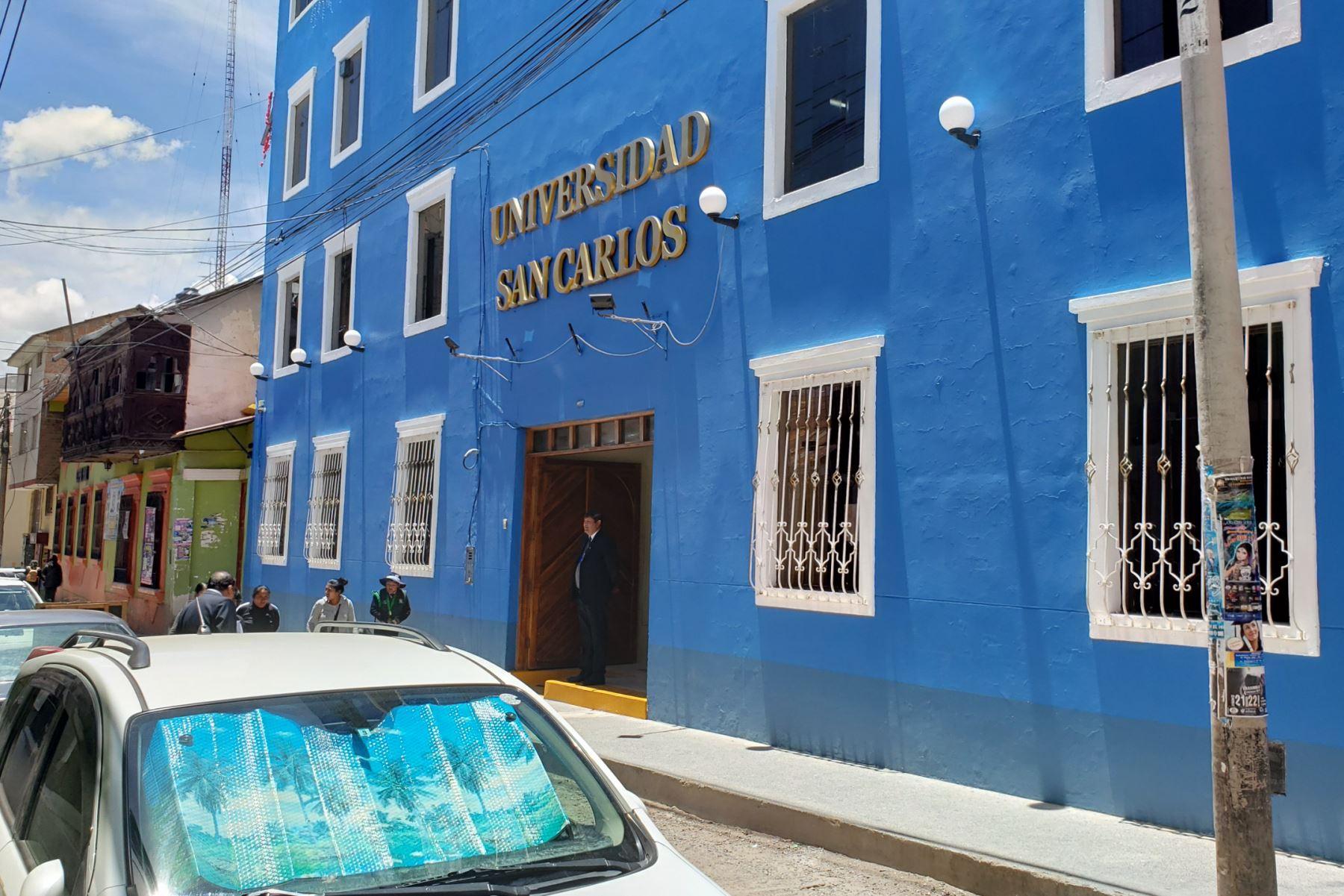 La Universidad Privada San Carlos (UPSC), con sede en Puno, tiene 3,137 estudiantes en cuatro programas académicos, informó la Sunedu.