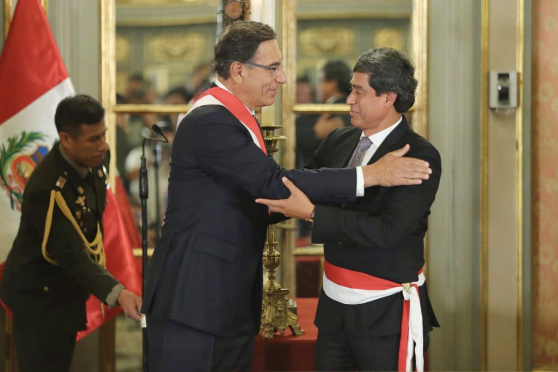 Carlos Lozada Contreras, asume el cargo de ministro de Transportes y Comunicaciones. Foto: ANDINA/ Prensa Presidencia