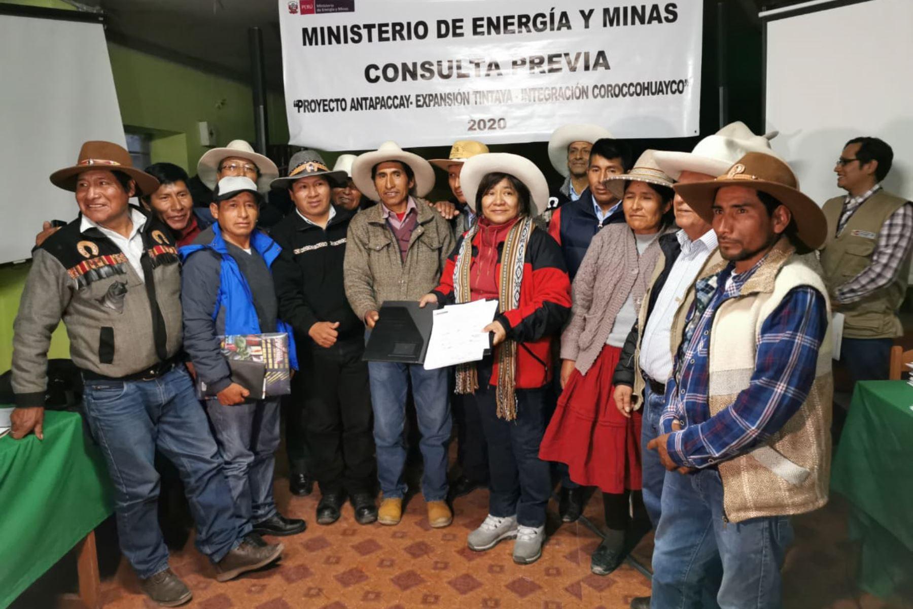 Ministerio de Energía y Minas entrega plan de consulta previa a comunidades originarias de la provincia de Espinar, en Cusco. ANDINA/Difusión