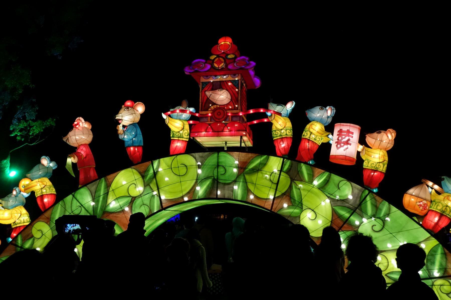 Durante 16 días, el Festival de los faroles de Taiwan, recibe a 10 millones de personas. Foto: ANDINA/Jose Vadillo